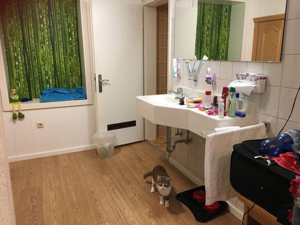Waschbecken im Schlafzimmer \