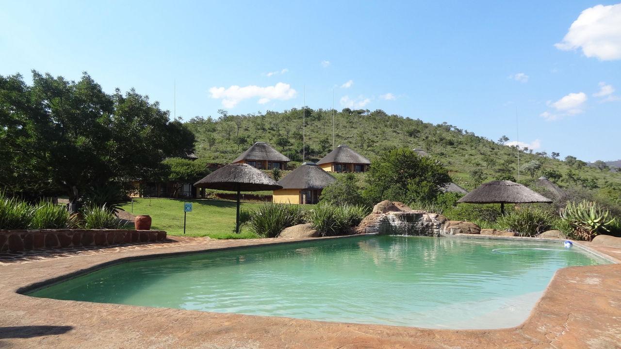 Bild kleiner pool zu hotel hannah lodge in ohrigstad for Kleiner pool