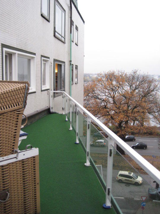 Dachterrasse im Spa-Bereich Hotel Atlantic Kempinski Hamburg