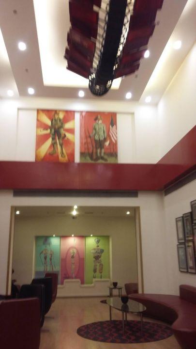 Lobby Red Fox Hotel Delhi Airport