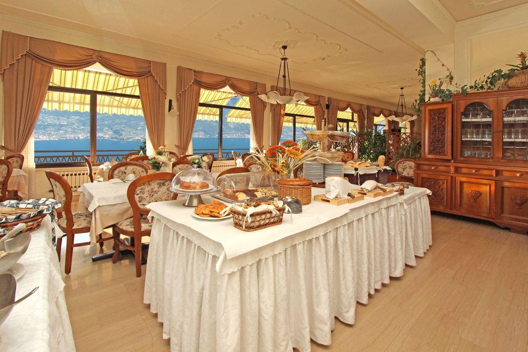 """Sala da pranzo "" Village Hotel Lucia (Tremosine sul Garda ..."