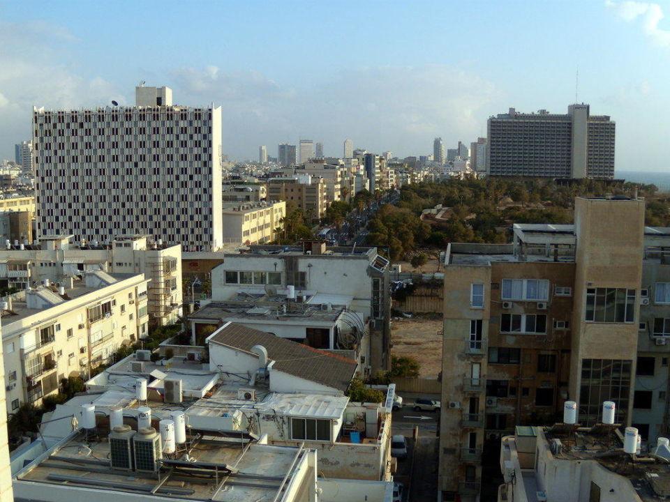 Blick aus dem 11. Stock Richtung Tel Aviv Zentrum Tal By The Beach - An Atlas Boutique Hotel