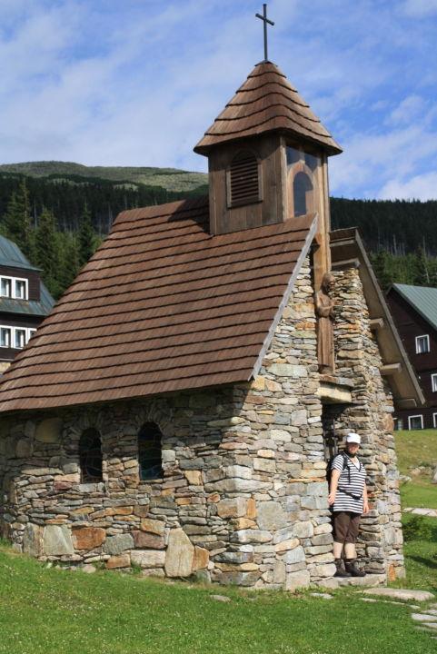Kapelle neben der Baude Resort Sv. František - Josefova Bouda