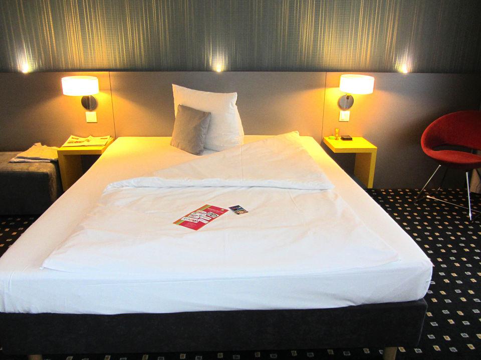 Schlafraum im Familienzimmer Hotel Ibis Styles Stuttgart