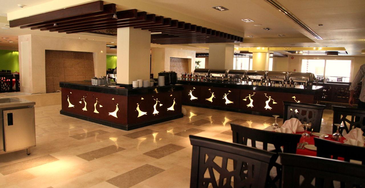 Jungle Restaurant The Bosque Hotel