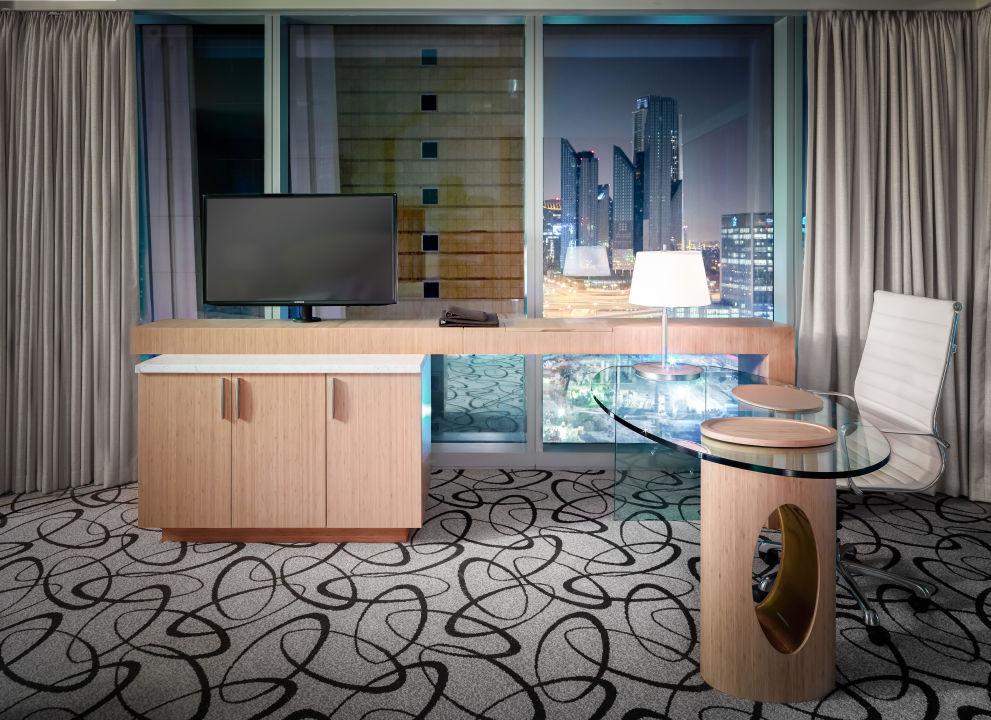 Luxury Room Sofitel Hotel Dubai Downtown