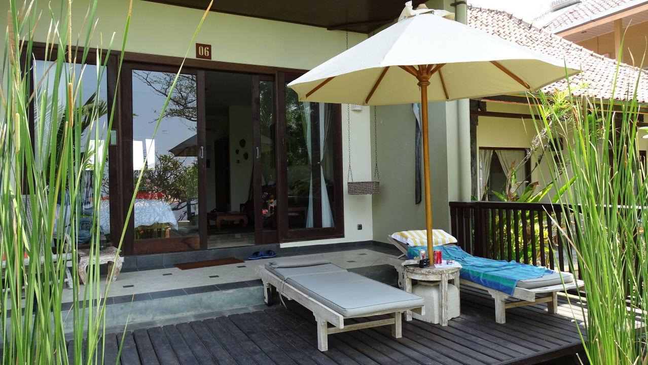 Blick auf Terrasse Hotel Tauch Terminal Resort Tulamben