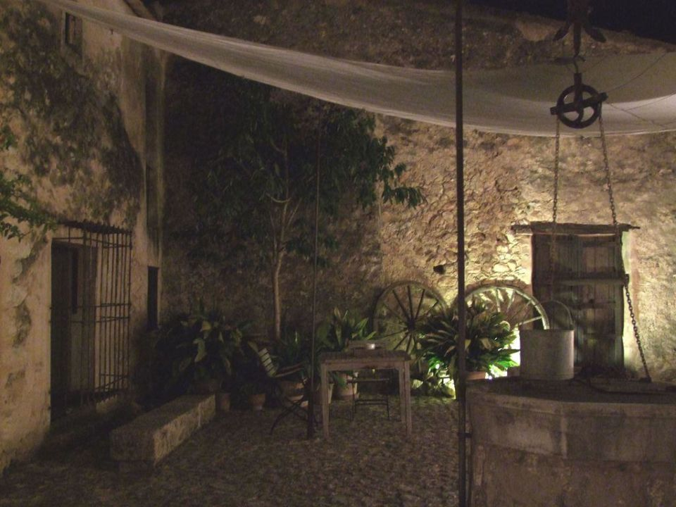 Der Innenhof Refugio Son Pons