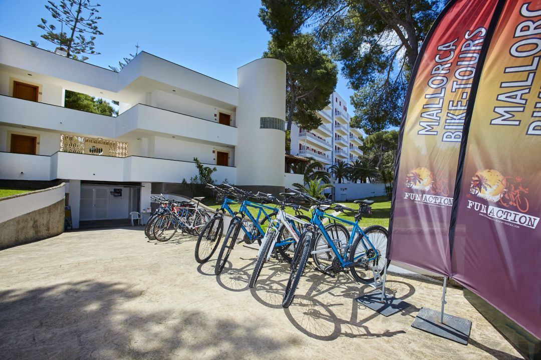 Quot Ciclying Station Quot Universal Hotel Laguna Canyamel
