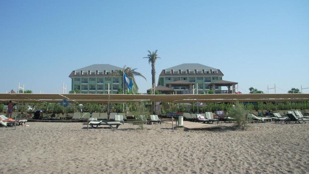 Blick vom Strand auf Hotel Mholiday Hotels Belek
