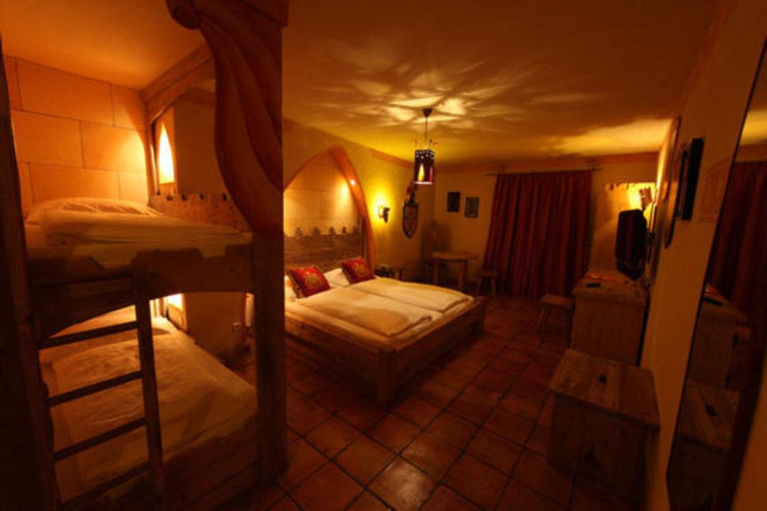 "4-Sterne Burghotel ""Castillo Alcazar"" Hotel Castillo Alcazar Europa-Park"