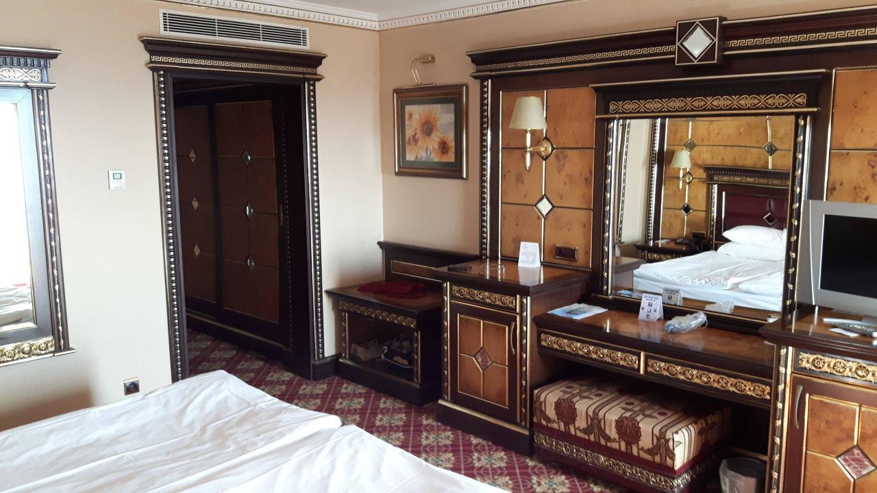 Einrichtung Zimmer Hotel Club Sera Lara Holidaycheck Türkische