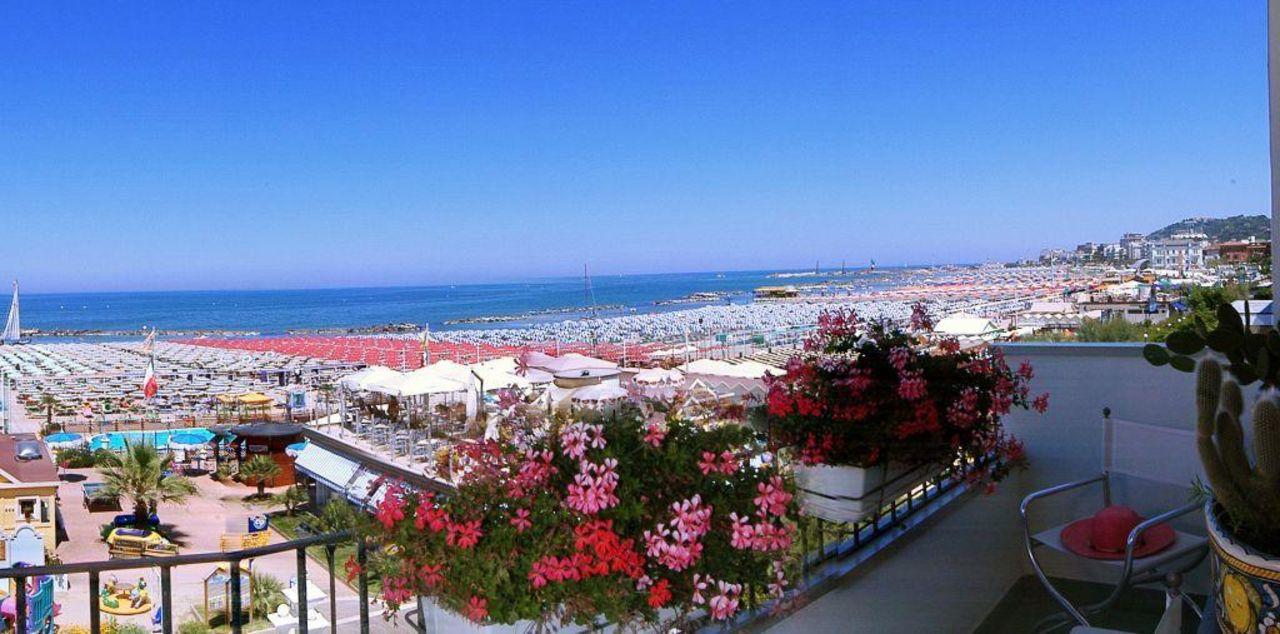 Spiaggia dell'hotel Hotel Luxor Beach
