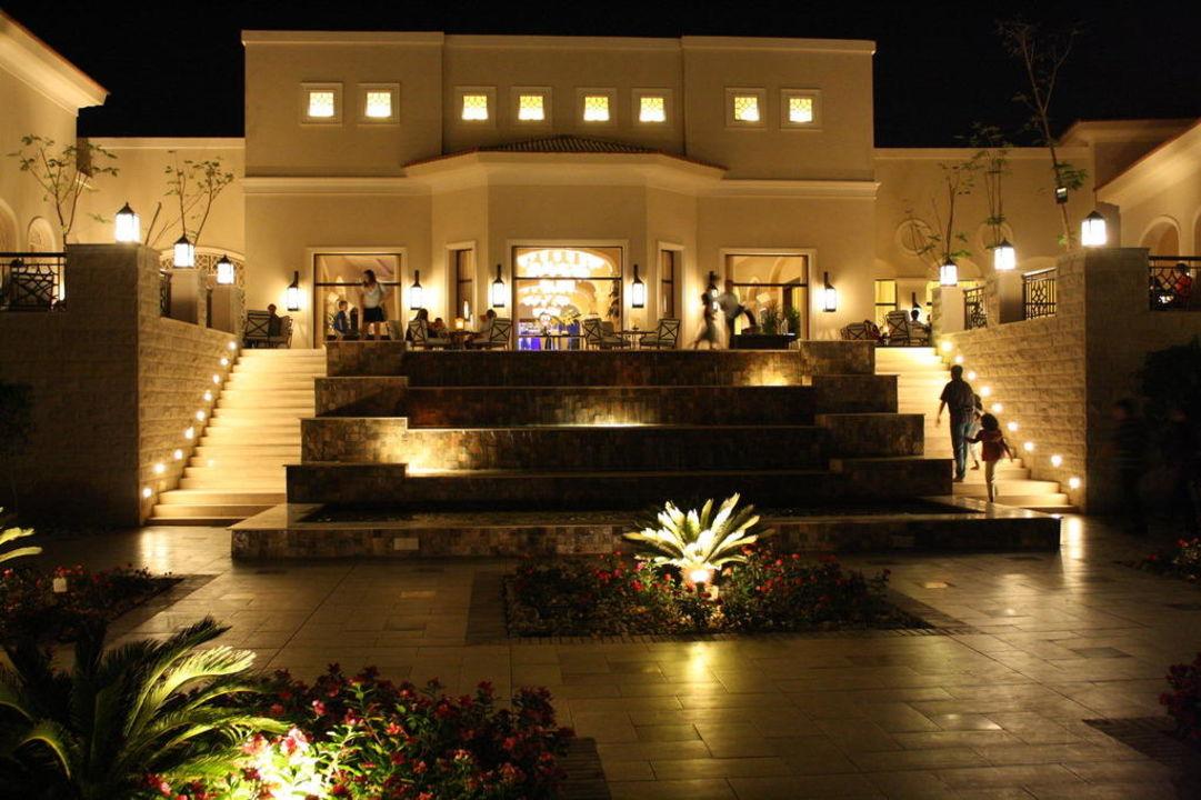 Aufgang zum Restaurant und Bar Jaz Aquamarine Resort