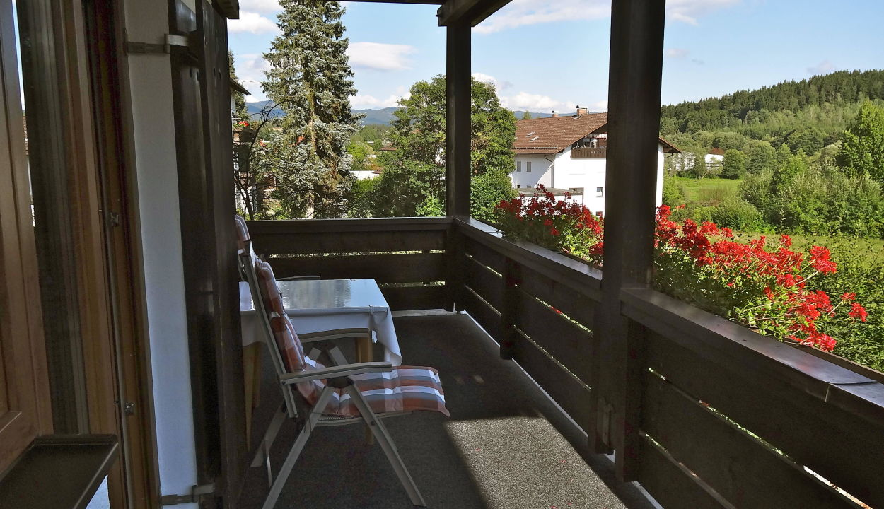 balkon keilhofer appartements ferienwohnungen zwiesel holidaycheck bayern deutschland. Black Bedroom Furniture Sets. Home Design Ideas