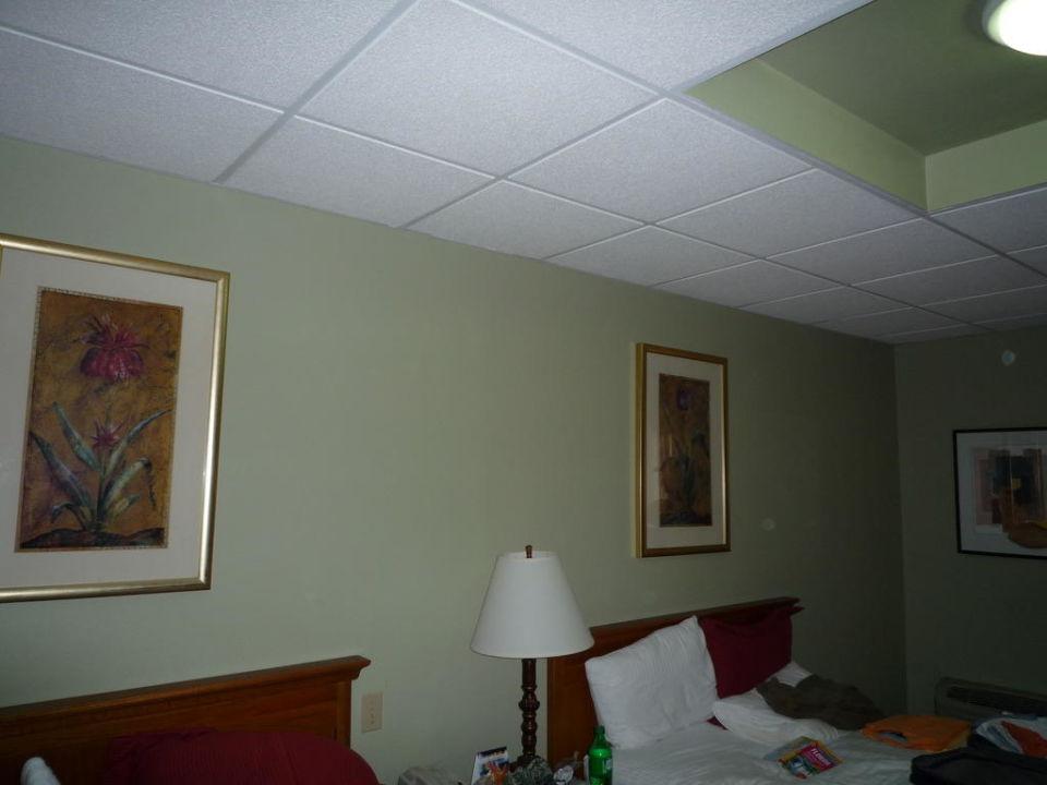 Blick ins Zimmer Airport Regency Hotel