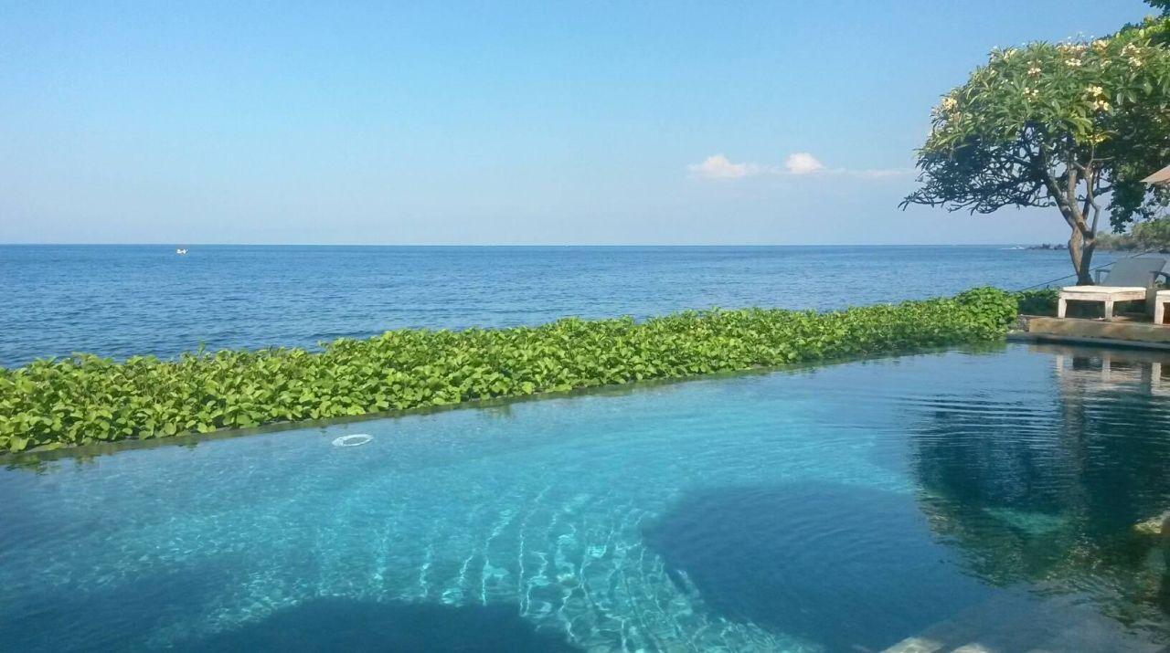 Als würde man im Meer schwimmen Hotel Tauch Terminal Resort Tulamben