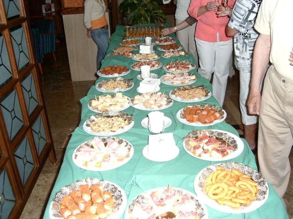 Abendessen am 22.05.2008 Hipotels Said  Hotel