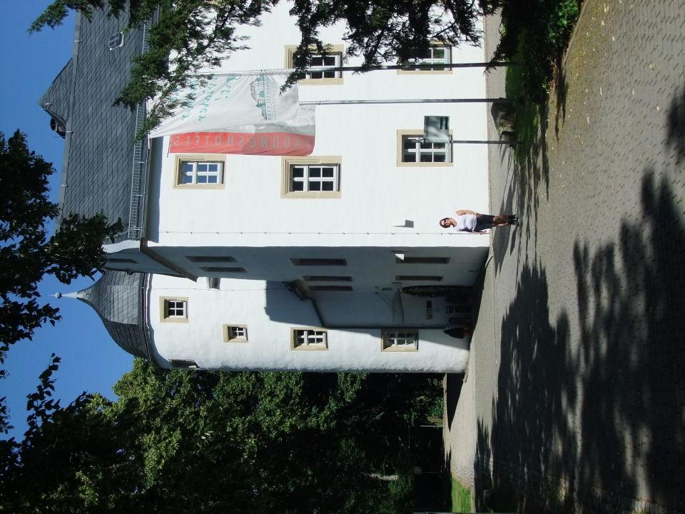 Teil der Parkanlage unterhalb des Nebengebäudes Schlosshotel Eyba
