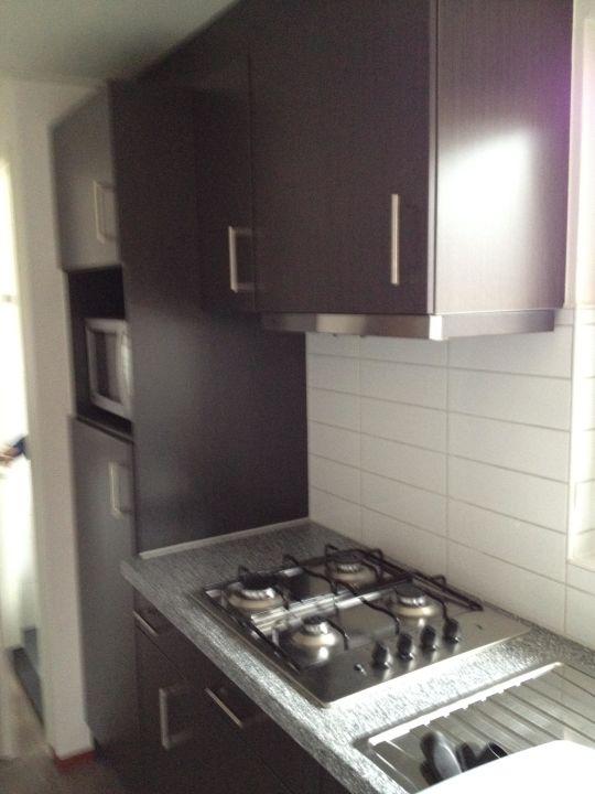 Küche mit Gasherd\
