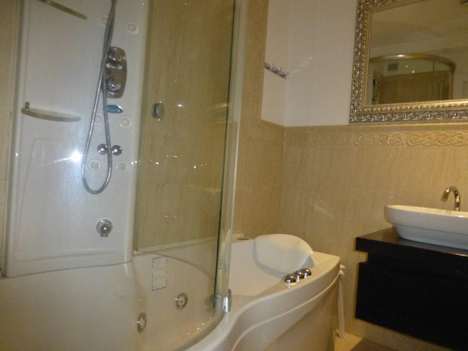 Bad Zimmer 181 Hotel Atlantic Palace