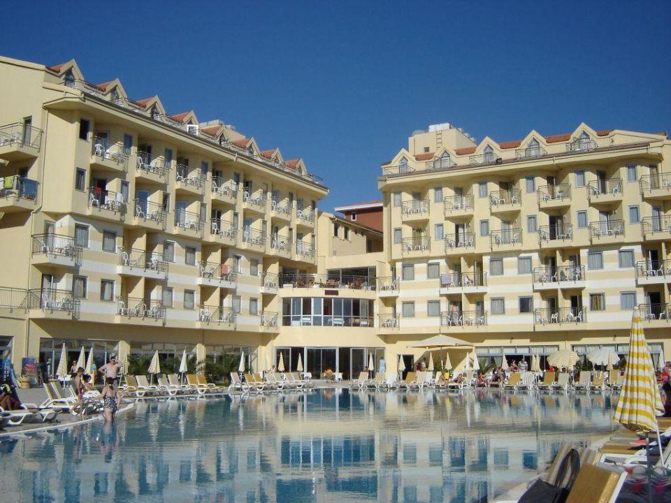 Außenansicht Diamond Beach Hotel & Spa