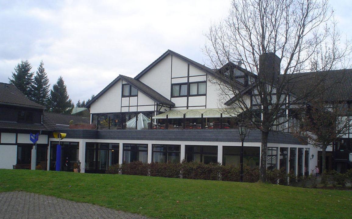Wellnessbereich von außen! Sporthotel & Resort Grafenwald