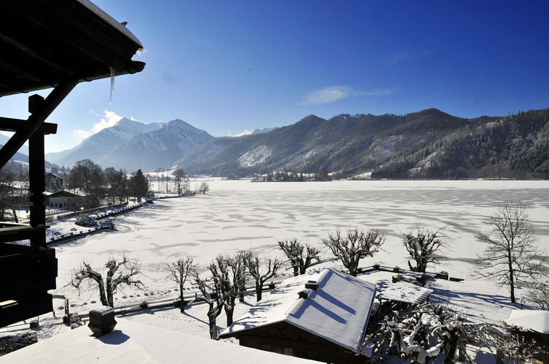 Winter - Blick vom Fenster Seehotel Schlierseer Hof