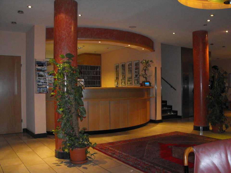 Rezeption Altstadt Hotel zur Post Stralsund