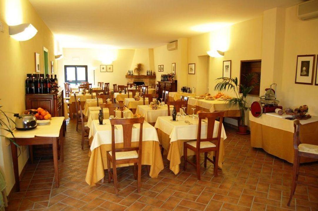 Foto dall'esterno Hotel Albergo L' Abbeveratoio