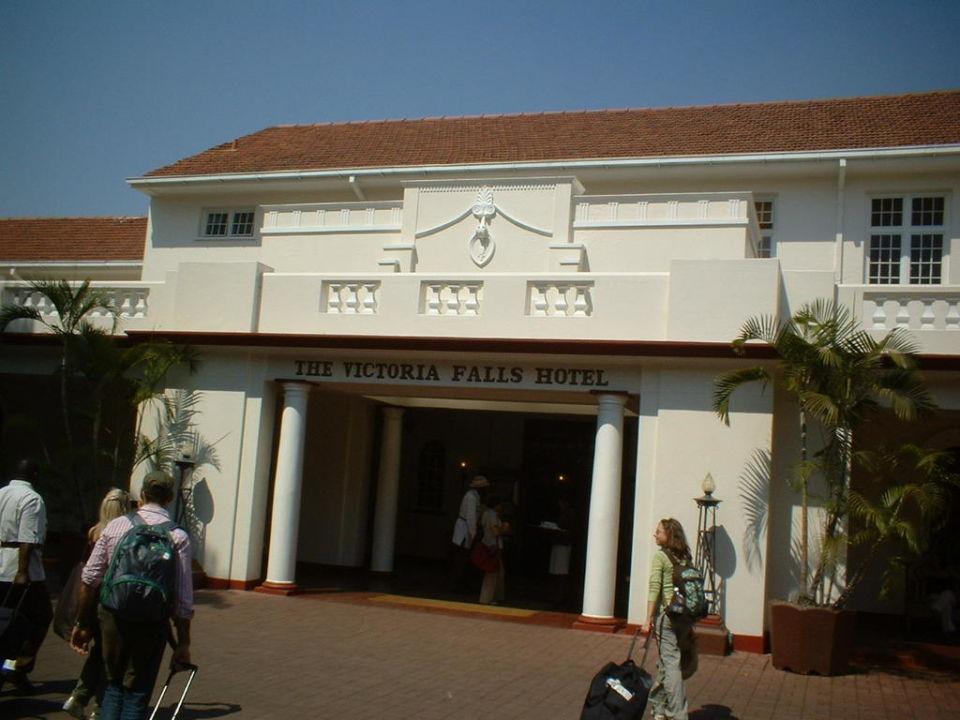 Entrata The Victoria Falls Hotel