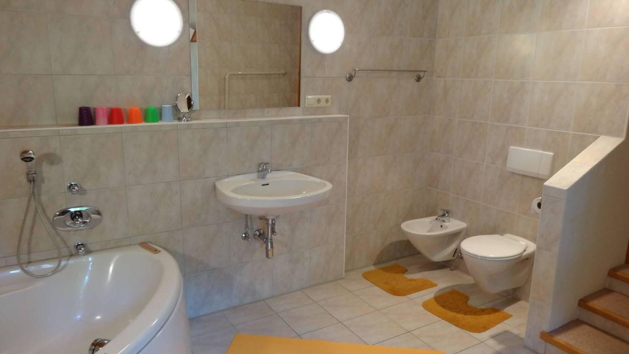 """badezimmer 2: waschbecken, wc, bidet, eckbadewanne"""" cottages, Badezimmer ideen"""