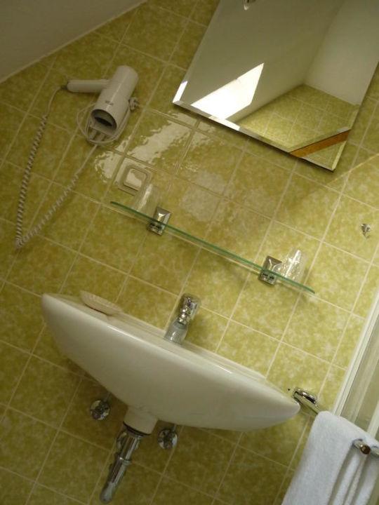 Schön Badezimmer 70er Hotel Naheschlößchen