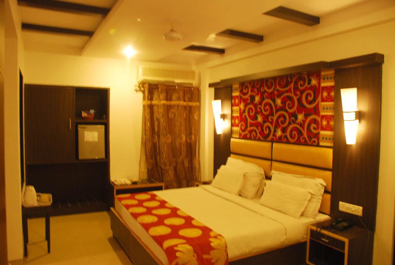 Presidential Suite ( Family Room ) Hotel Sri Nanak Continental