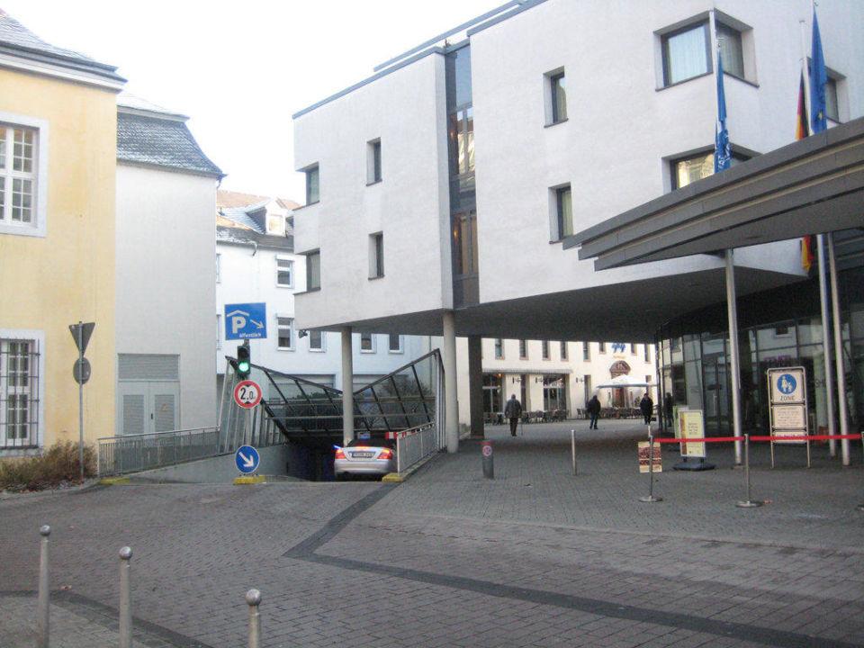 Einfahrt Parkhaus Park Plaza Trier Trier
