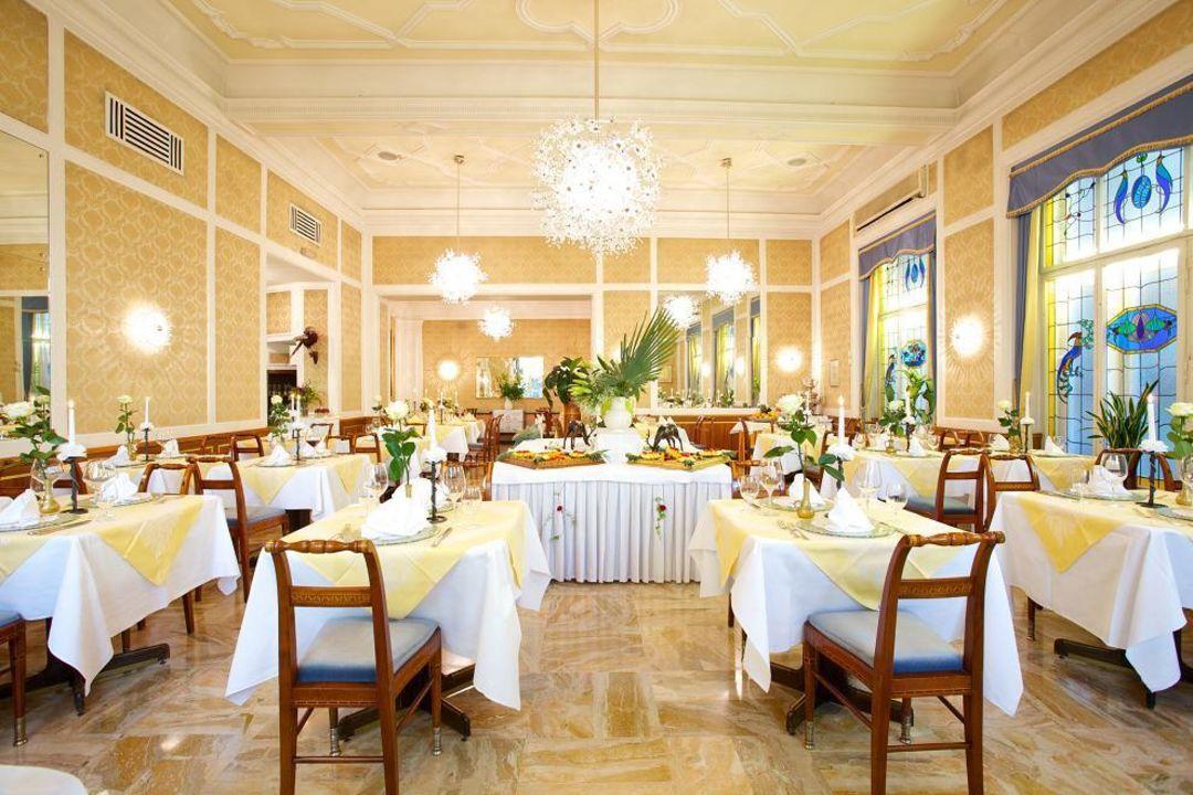 "speisesaal"" hotel europa splendid in merano / meran • holidaycheck, Esstisch ideennn"