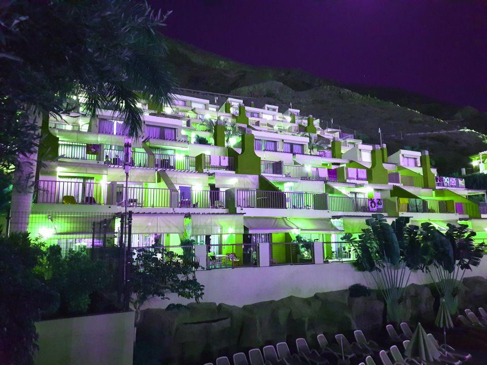 Gartenanlage Appartements Cordial Mogán Valle