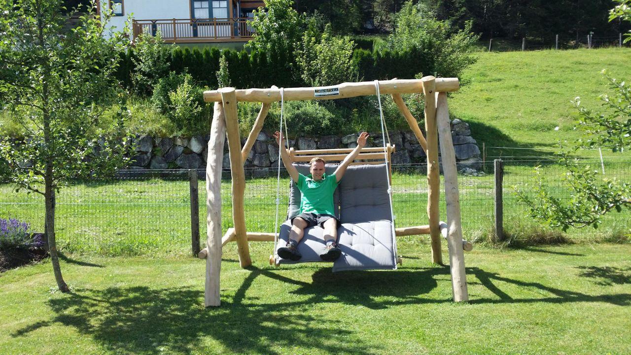Relaxschaukel Im Garten Design Ferienhaus