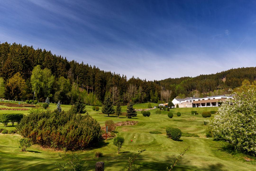 Außenansicht Golf & Spa Resort Cihelny