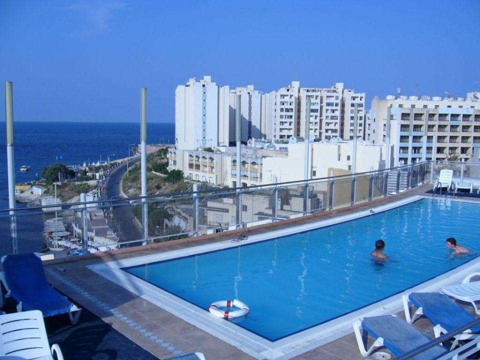 Pool Baystreet Hotel be.HOTEL