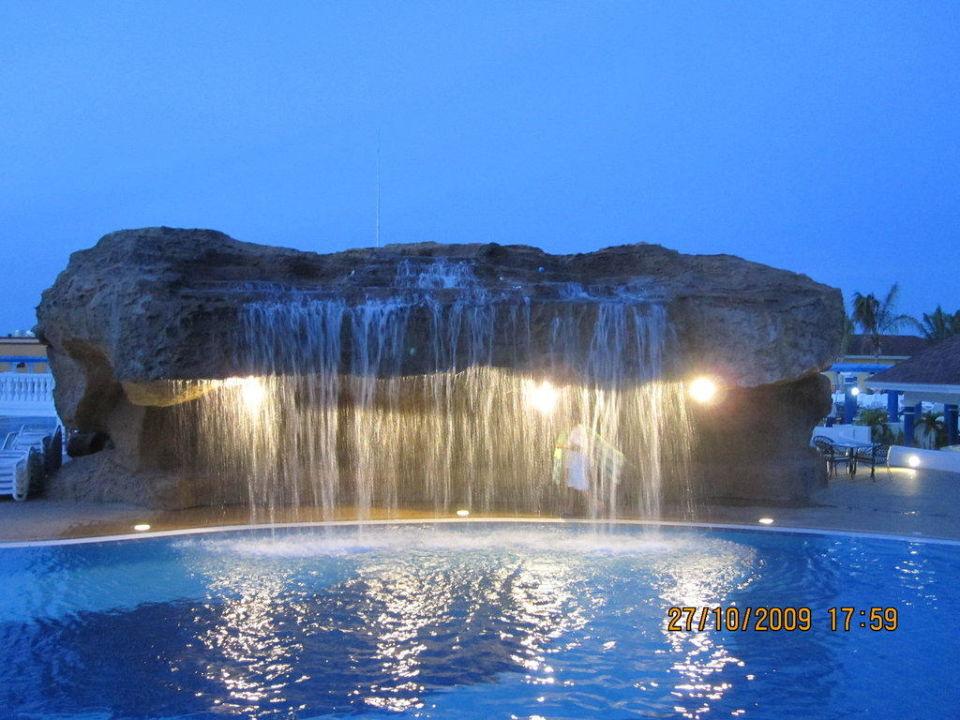 Wasserfall Am Pool Iberostar Laguna Azul