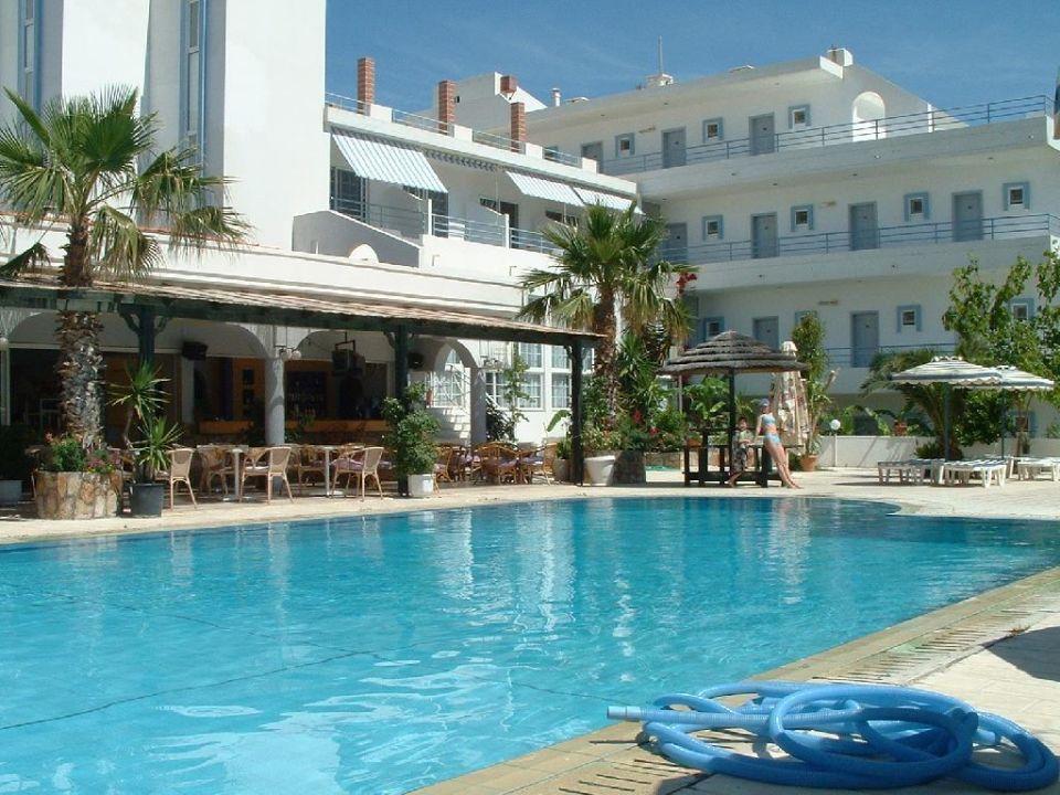Poolbereich Hotel Faliraki Bay