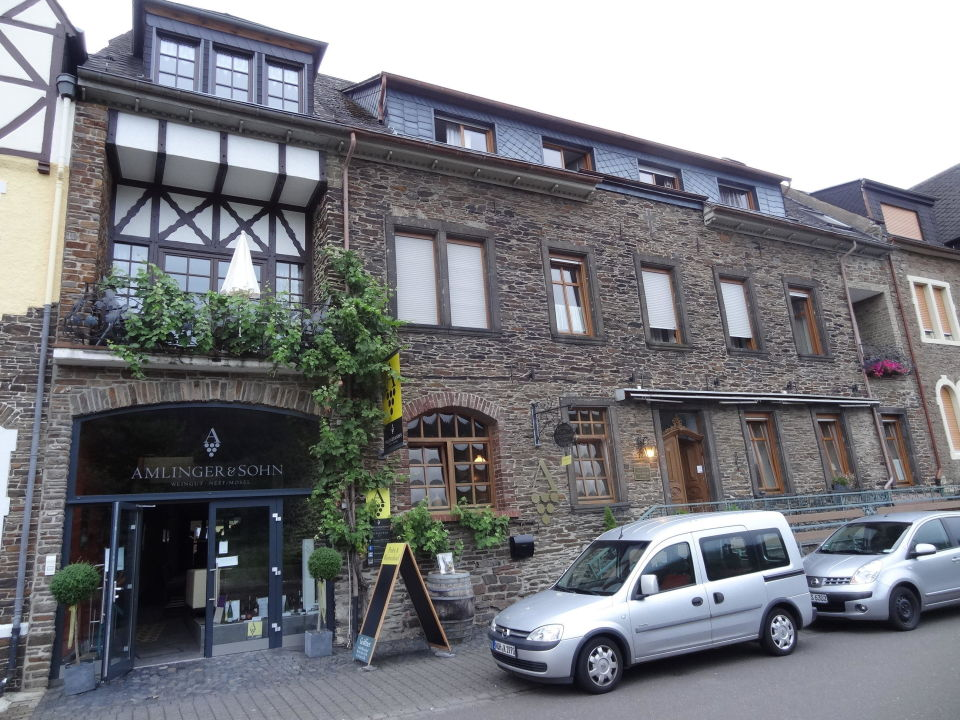 Stammhaus mit Vinothek Moseluferstr.17 Hotel Weingut Amlinger&Sohn