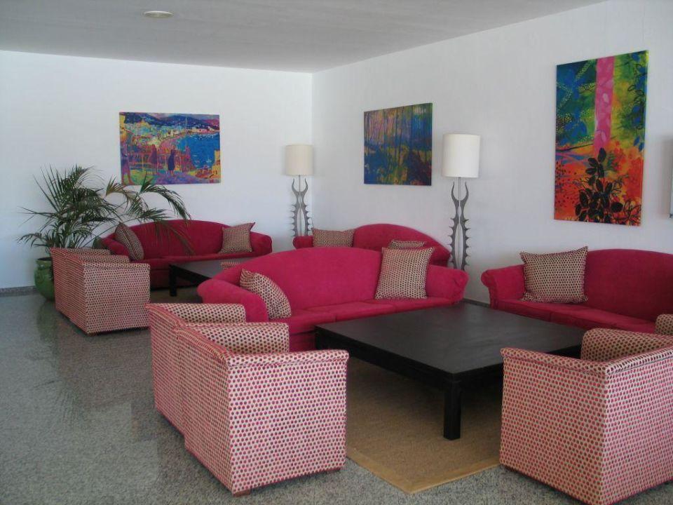 Empfangshalle Sitzgruppe zum Verweilen Relaxia Lanzasur Club