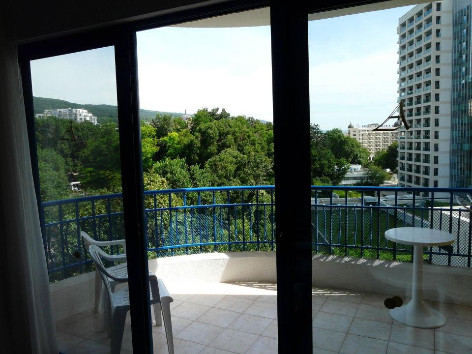 bild sch ner gro er balkon zu hotel grifid arabella in. Black Bedroom Furniture Sets. Home Design Ideas