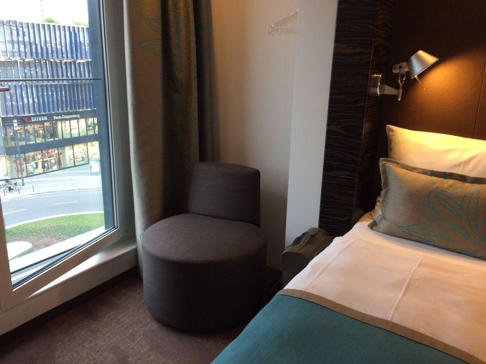 Bild zimmer zu motel one frankfurt messe in frankfurt am for Motel one zimmer bilder
