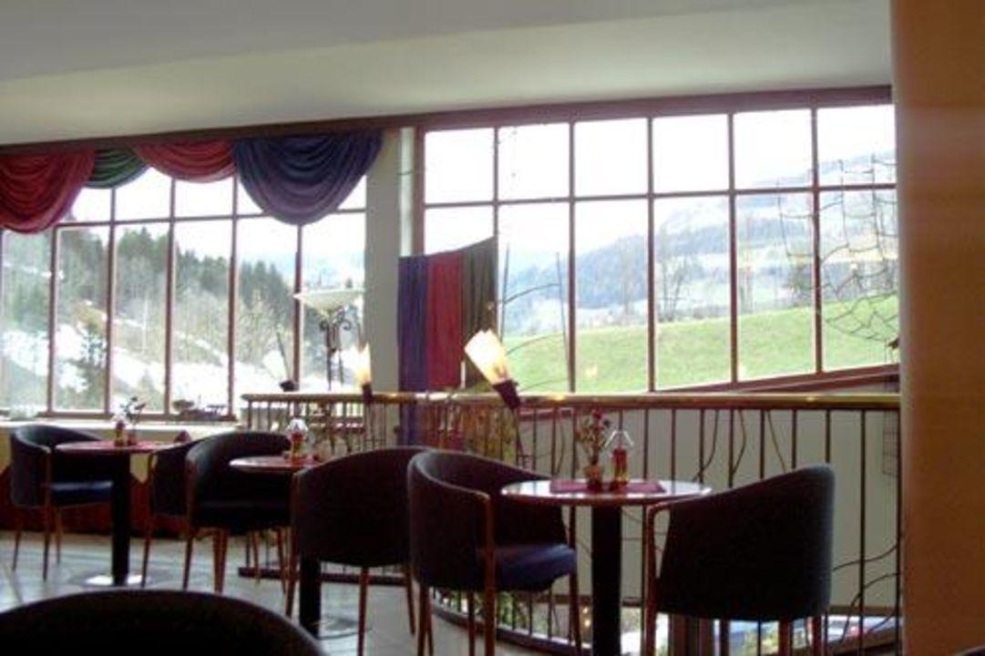 Bar mit Blick auf Piste, Sporthotel Wagrain, Österreich Sporthotel Wagrain