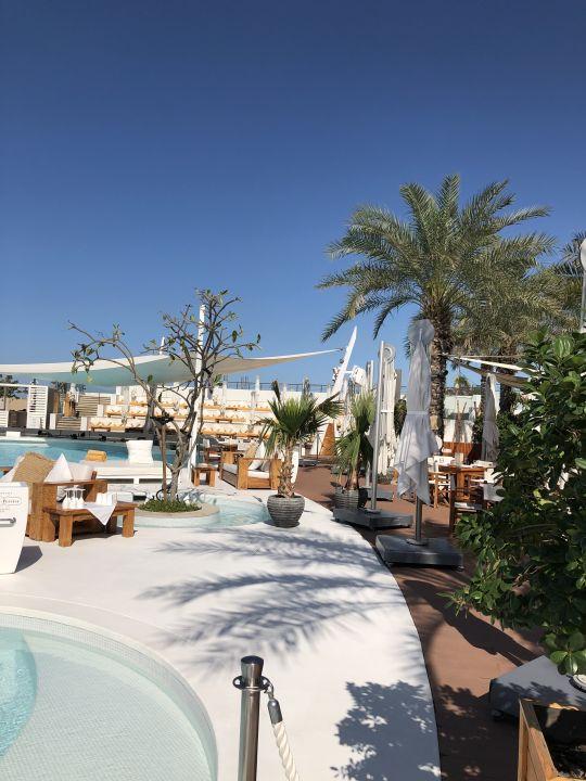Pool Nikki Beach Resort & Spa Dubai