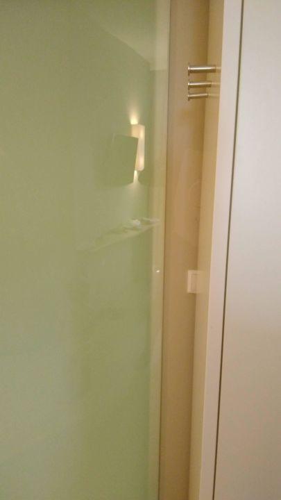 Badezimmer Lichtschalter All In Red Thermenhotel Lutzmannsburg