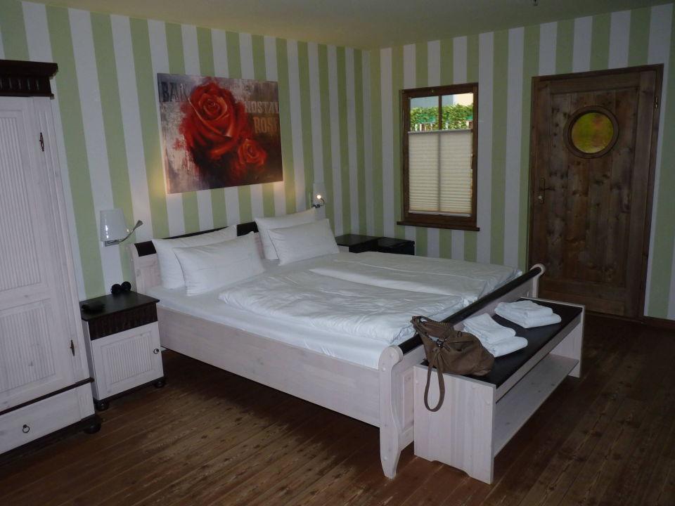 premium zimmer 1427 mit blick auf die lagune tropical islands resort halbe holidaycheck. Black Bedroom Furniture Sets. Home Design Ideas